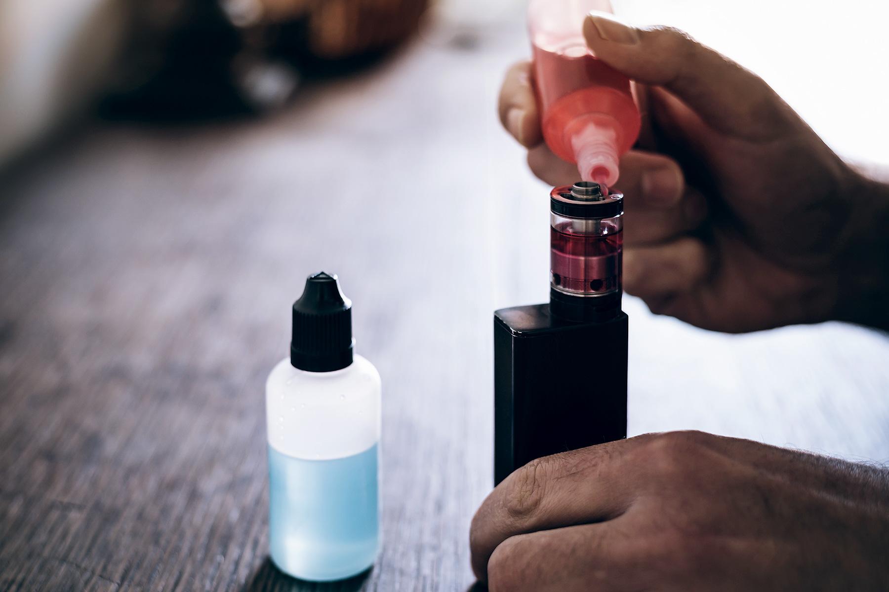 How to Use a CBD Vaporizer Pen